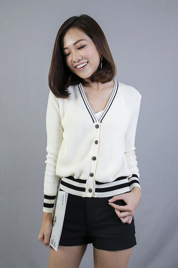 BRUEE COLLEGE CARDIGAN (CREAM)