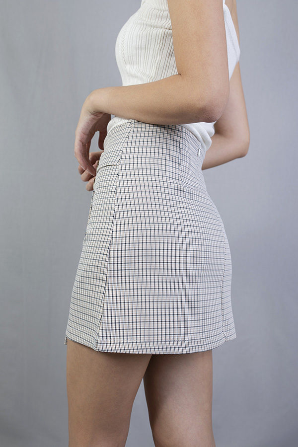 DANFFI BUTTON DETAILED CHECKED SKIRT