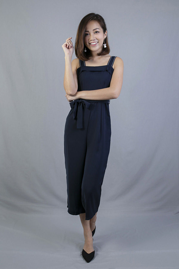 ELYCE STRAP DETAILED JUMPSUIT (DARK BLUE)