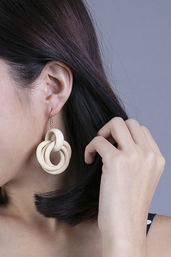 MUSSII WOODEN EARRINGS